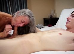 He caught grandmother naked and fucked with her